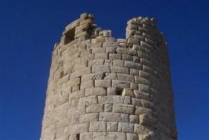 11.7.2014_Μελέτη αποκατάστασης για τον Πύργο Χειμάρρου στη Νάξο