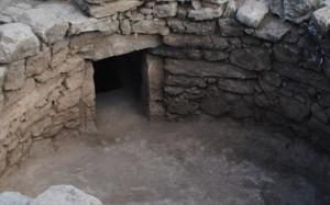30.7.2014_Εντοπισμός θολωτού τάφου των μυκηναϊκών χρόνων στην Άμφισσα