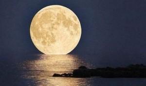 10.8.2014_Το «υπερφεγγάρι» του Αυγούστου