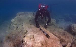 31.10.2014_Αρχαιολογική έρευνα στο αρχαίο λιμάνι του Λεχαίου