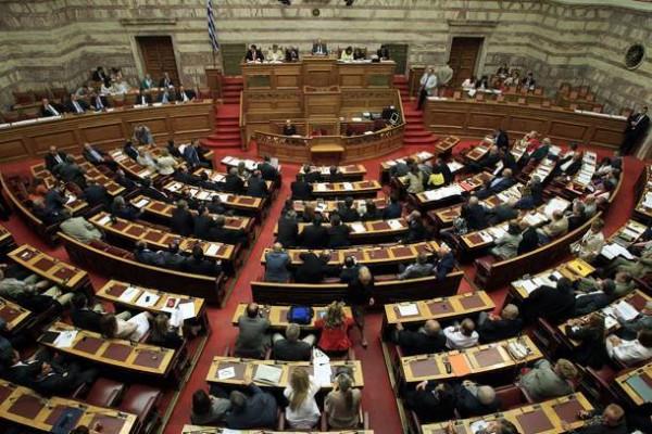 17.12.2014_160 βουλευτές ψήφισαν τον Σταύρο Δήμα, 135 δήλωσαν παρών