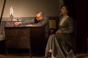 Η θεατρική παράσταση «Ο πατέρας» μάγεψε το κοινό της Νεάπολης