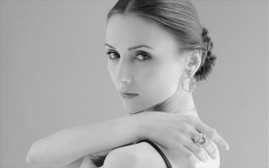 9.12.2014_Σβετλάνα Ζαχάροβα  «Νιώθω ασφαλής, όταν χορεύω…»