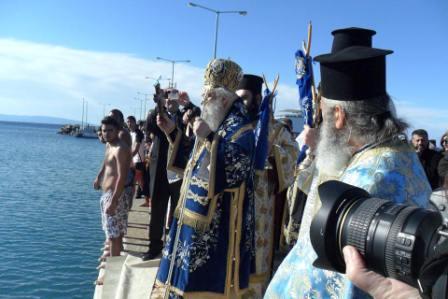 7.1.2015_Με λαμπρότητα εορτάστηκαν τα Άγια Θεοφάνεια_Νεάπολη