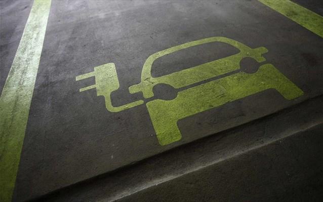 24.2.2015_Ιαπωνία περισσότεροι οι σταθμοί φόρτισης ηλεκτρικών οχημάτων