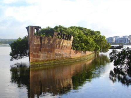 Πλοίο-φάντασμα 102 ετών στο Σίδνεϊ .