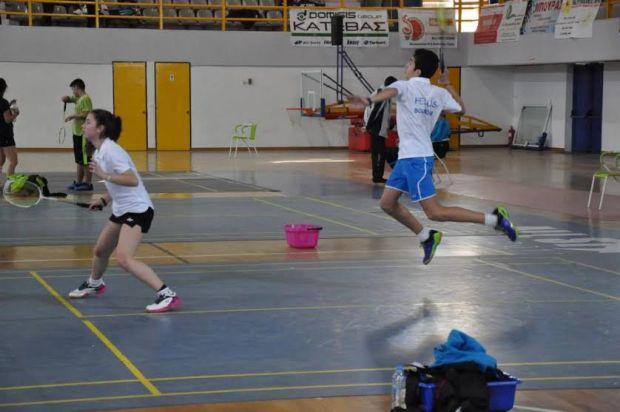 19.3.2015_Σημαντικές διακρίσεις για το ΦΕΟ Θήβας στο πανελλήνιο πρωτάθλημα Badminton