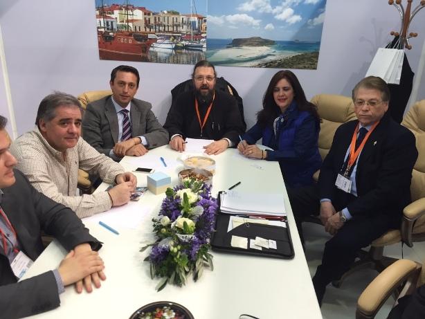 Από την σύσκεψη με τον Γραμματέα του Συνοδικού Γραφείου Προσκηνηματικών Περιηγήσεων, Πανοσιολογιώτατο Αρχιμανδρίτη κ. Σπυρίδωνα Κατραμάδο και την επιστημονική ομάδα της Ιεράς Συνόδου