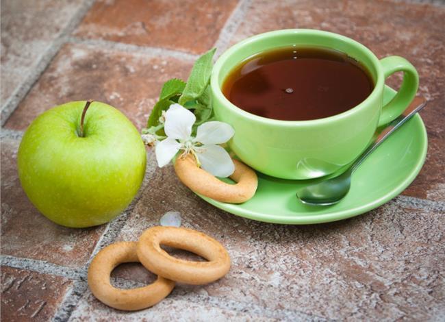 14.4.2015_Μήλα και πράσινο τσάι προστατεύουν την υγεία