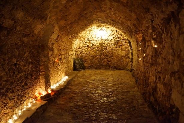 21.4.2015_Με βυζαντινή μεγαλοπρέπεια εορτάστηκε η Παναγία Χρυσαφίτισσα στη Μονεμβασία_5