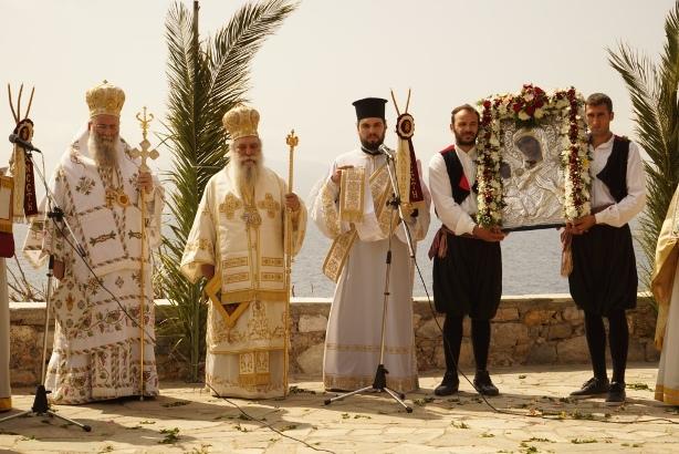 21.4.2015_Με βυζαντινή μεγαλοπρέπεια εορτάστηκε η Παναγία Χρυσαφίτισσα στη Μονεμβασία_9