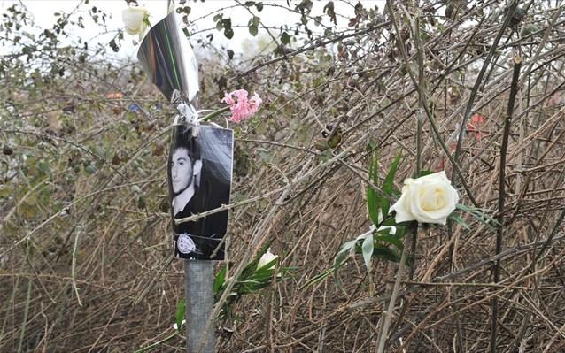3.5.2015_Θρήνος στο μνημόσυνο του Βαγγέλη Γιακουμάκη