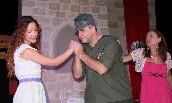 28.7.2015_Ο Μπαμπάς ο Πόλεμος από τον θεατρικό σύλλογο Αιθεροβάμονες