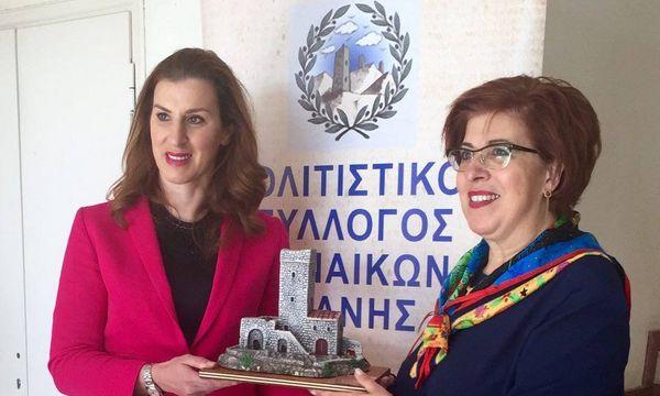25.1.2016_Ο πολιτιστικός σύλλογος Γυναικών Μάνης τιμά την Μανιάτισσα Ολυμπιονίκη Βούλα Κοζομπόλη
