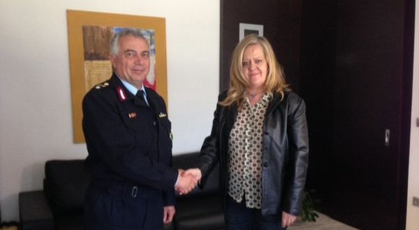 23.2.2016_Με το νέο Διευθυντή Αστυνομίας Λακωνίας συναντήθηκε η Αδ. Τζανετέα