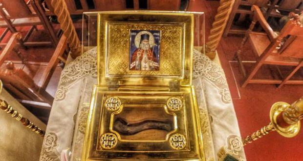 29.2.2016-Ένα σύγχρονο θαύμα από τον Άγιο Λουκά - Θεράπευσε παιδί με εγκεφαλική παράλυση