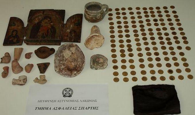 6.4.2016_Συνελήφθησαν 3 άτομα για παράνομη κατοχή αρχαίων αντικειμένων στη Λακωνία_1