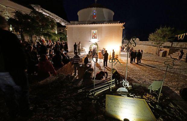 9.5.2016_Με βυζαντινή μεγαλοπρέπεια εορτάστηκε η Παναγία Χρυσαφίτισσα στη Μονεμβασία_1