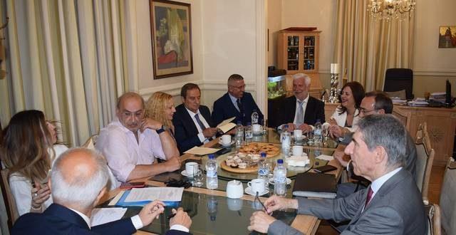 Υπογράφηκε η σύμβαση διαχείρισης απορριμμάτων Πελοποννήσου (VIDEO)