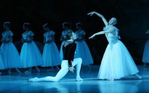 25.8.2014_Δύο μοναδικές παραστάσεις από τον Γιούρι Γκριγκορόβιτς