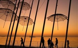 20.10.2014_Ροζ σύμβολο αφύπνισης οι «Ομπρέλες» του Ζογγολόπουλου