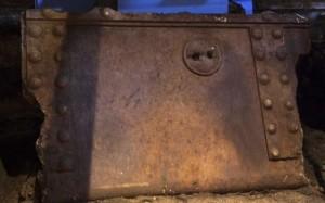 21.10.2014_Αμφίπολη  εντοπίστηκε και αποκαλύφθηκε το μαρμάρινο κεφάλι Σφίγγας_1