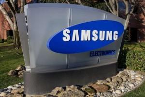 22.10.2014_Samsung  δωρεά 3.000 smartphones για τη «μάχη» κατά του Έμπολα