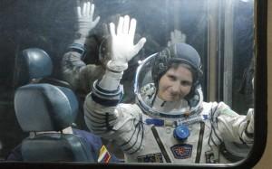 24.11.2014_Παρθενικό ταξίδι στο διάστημα για Ιταλίδα αστροναύτη