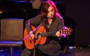 7.11.2014_Η Χάρις Αλεξίου παρουσίασε το νέο της άλμπουμ