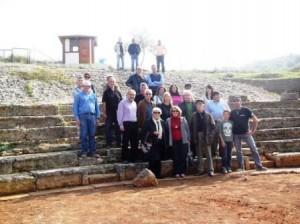 8.11.2014_Προχωρούν οι ανασκαφικές εργασίες στο αρχαίο θέατρο Καβιρείου στη Θήβα_1