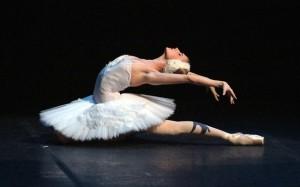 1.12.2014_Γκαλά χορού από την «απόλυτη μπαλαρίνα» Σβετλάνα Ζαχάροβα