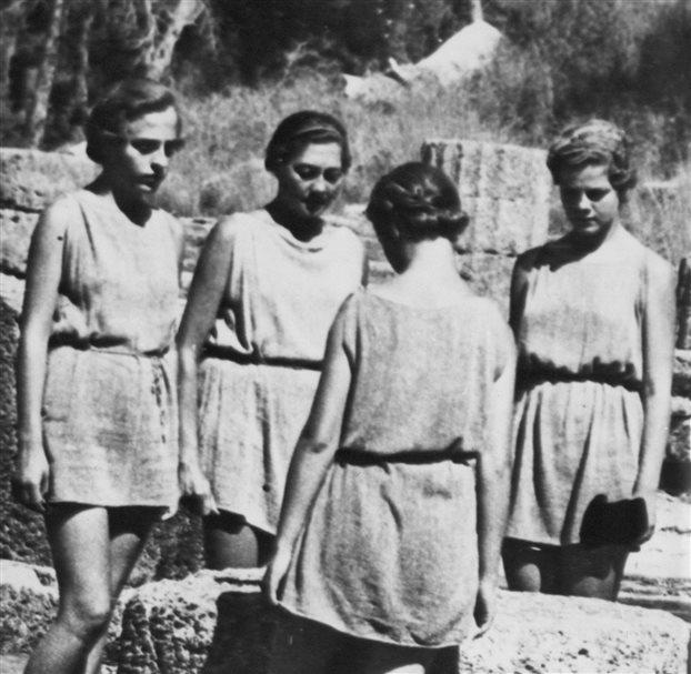 30.1.2015_Η τέχνη του χορού στην Ελλάδα τον 20ό αιώνα_