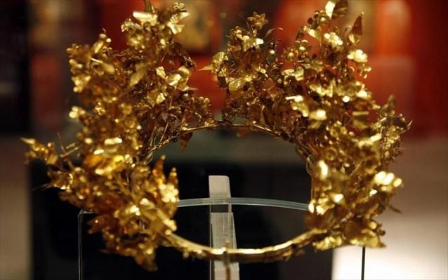 3.3.2015_Χρυσά μακεδονικά στεφάνια στο Αρχαιολογικό Μουσείο Αιανής