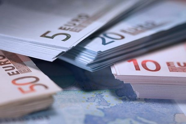 15.4.2015_Χρήματα για τις ΜικροΜεσαίες Επιχειρήσεις από το Ευρωπαϊκό Κοινοβούλιο