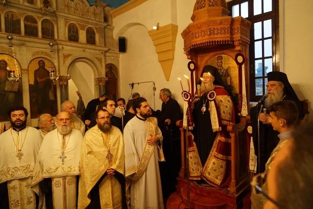 21.4.2015_Με βυζαντινή μεγαλοπρέπεια εορτάστηκε η Παναγία Χρυσαφίτισσα στη Μονεμβασία_2