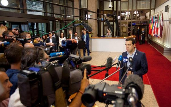 13.7.2015_Αλέξης Τσίπρας - Τώρα σκληρή μάχη με τα ΕΝΤΟΣ κατεστημένα