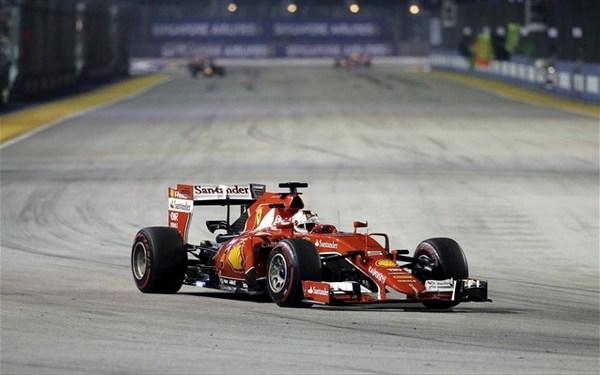 20.9.2015_Formula 1 Νικητής στη Σιγκαπούρη ο Φέτελ