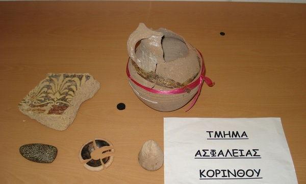 21.11.2015_Συνελήφθη ένα άτομο στη Κορινθία για παράνομη κατοχή όπλων και αρχαίων αντικειμένων