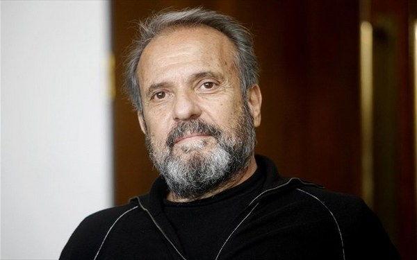 1.12.2015_Πέθανε ο Μηνάς Χατζησάββας