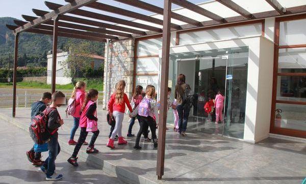 13.4.2016_Στο Μουσείο Φωτογραφικών Μηχανών Τάκη Αϊβαλή το Δημοτικό Σχολείο Αρεόπολης