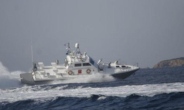 20.5.2016_Υπερσύγχρονο ταχύπλοο σκάφος παραλαμβάνει το Λιμεναρχείο Νεάπολης