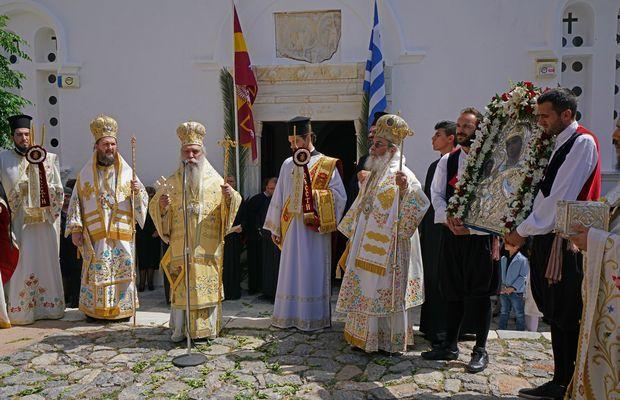 9.5.2016_Με βυζαντινή μεγαλοπρέπεια εορτάστηκε η Παναγία Χρυσαφίτισσα στη Μονεμβασία
