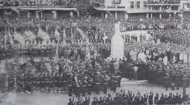 Αποκαλυπτήρια αγάλματος Στρατιώτη Βαλκανικών Πολέμων το 1938 (Αρχείο εφημ. ΤΑΧΥΔΡΟΜΟΥ)