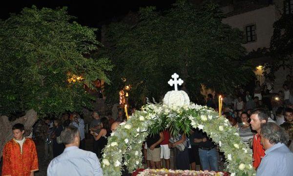 16.8.2016_Σε κλίμα κατάνυξης ο εορτασμός της Παναγίας στην ιστορική Μονεμβασία_5