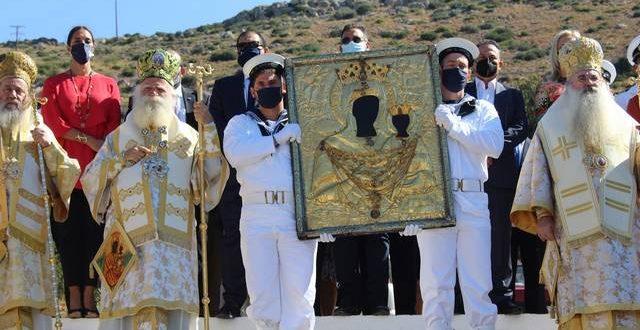 Με λαμπρότητα εόρτασαν τα Κύθηρα την Πολιούχο τους Παναγία Μυρτιδιώτισσα